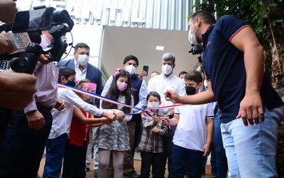 Inauguran Pabellón Infantil UTI con ocho camas en CDE