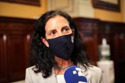 Uruguay no subirá el precio de combustibles para apoyar al sector productivo