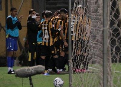 Guaraní se reencuentra con la victoria y hunde aún más a River Plate