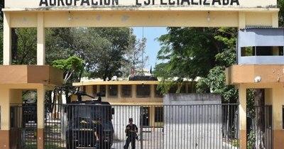 La Nación / Condenan a 10 años de cárcel a un hombre que, estando preso, maltrató y abusó de su hijo