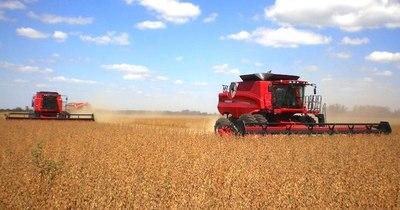 La Nación / Expectativa de producción presiona a la baja a la soja