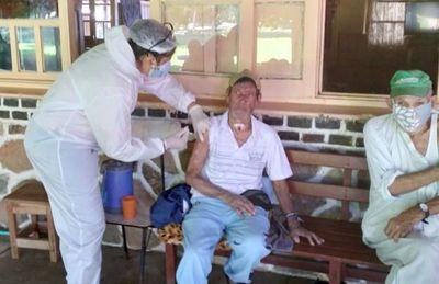 Salud Pública habilita registro para vacunación de mayores de 60 años