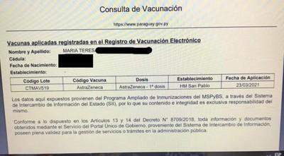 Mujer aparece como vacunada contra el covid-19 en registros de Salud , pero ni siquiera llegó a inscribirse