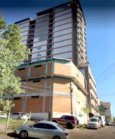 Desconocidos roban casi G. 20 millones y joyas de un edificio céntrico de CDE