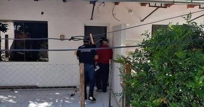 La Nación / Allanan viviendas en CDE en búsqueda de conductor que mató a ciclista