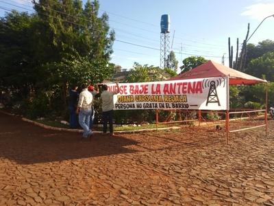 Conflicto entre vecinos por sospecha de instalación de antena en Minga