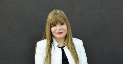 La Nación / Mujer destacada: de raíces humildes, de médica de guardia llegó al frente del Hospital Nacional de Itauguá