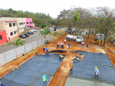Obras de pabellones de contingencia incluirán planta generadora de oxígeno para hospitales