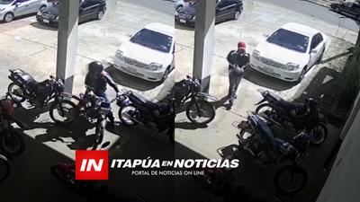 DELINCUENTE ELIGE LA MOTOCICLETA A HURTAR DE UN ESTACIONAMIENTO EN ENCARNACIÓN.