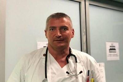 """Médico mataba a personas con Covid-19 para """"liberar camas"""""""
