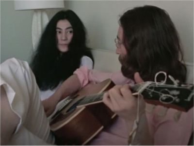 Sale a luz video de John Lennon ensayando Give Peace a Chance