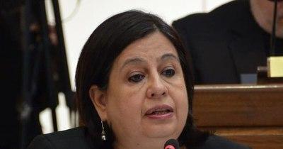 La Nación / Desabastecimiento de medicamentos no es por falta de ley, sino por mala gestión, dice senadora