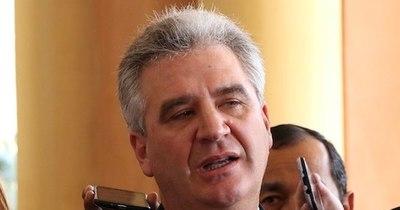 """La Nación /  """"¿De qué nos sirven las rutas? si vamos a estar muertos"""", reclamó el senador Bacchetta"""