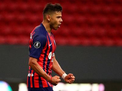Santos avanza y San Lorenzo va a la Sudamericana