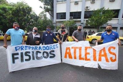 Crónica / Deportistas solicitan el retorno al laburo
