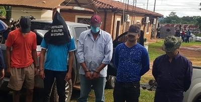 Detienen a presuntos miembros de una banda criminal en San Pedro