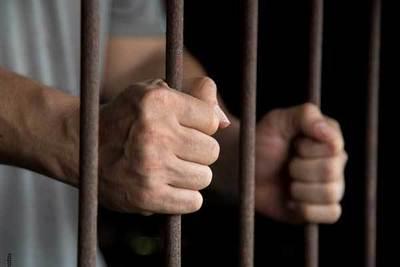 Prisión para sujeto que supuestamente abuso de su hijastra menor