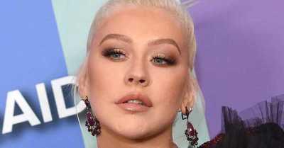"""Christina Aguilera confesó que """"odiaba ser súper flaca"""" y que le resulta difícil mirar sus fotos de juventud"""