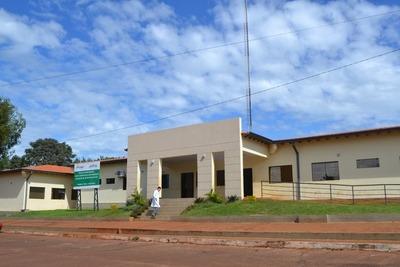 Designan a directora interina del Hospital Distrital de Franco y sumarian a implicados en vacunación irregular