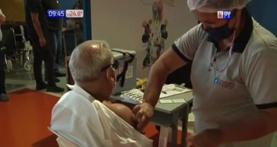 Vacunaron a más de 90 personas menores de 85 años