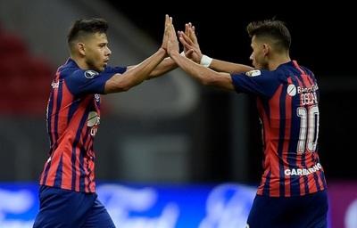 Fino toque de los Romero antes del gol de Ángel