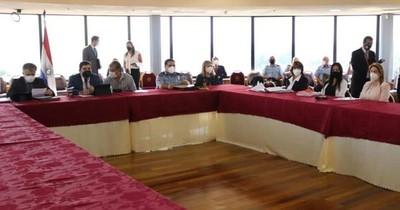 La Nación / No hay imputados por manifestarse pacíficamente, aclaró Sandra Quiñónez