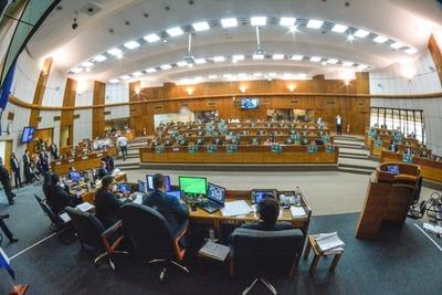 Congreso sanciona cobertura total de gastos de internados en UTI por COVID