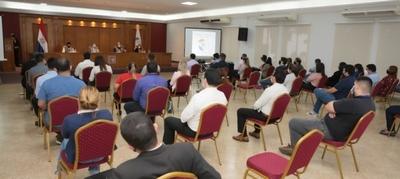 Coordinadores y técnicos TREP se actualizan sobre innovaciones electorales