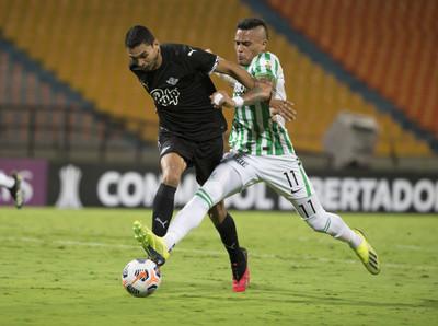 Libertad es goleado y queda fuera de la Libertadores