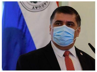 El ministro de Salud dio positivo al COVID