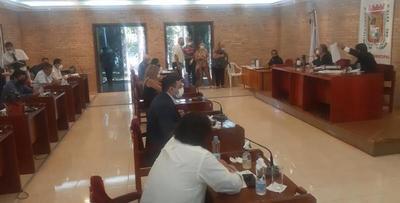 Junta de CDE rechaza refacción para casilleros y pide destinar dinero en compra de medicamentos