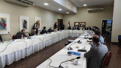 Reactivan espacio de diálogo con Mesa de Cooperantes para fortalecer los procesos educativos