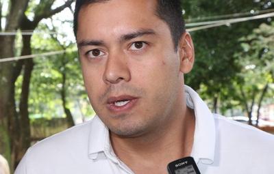Prieto anuncia negociación de 250.000 vacunas Sputnik para CDE