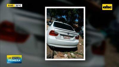 Dos jóvenes detenidos por supuesto robo de un vehículo