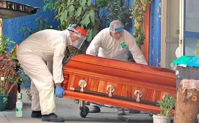 Insólito: Hombre denuncia que cuerpo de su hermano fallecido fue entregado por equivocación a otra familia