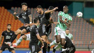 Debacle de Libertad en Medellín: Cayó goleado y quedó fuera de la Libertadores