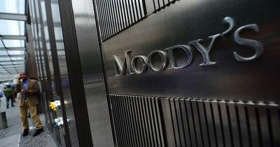 """La Nación / Moody's eleva a """"estable"""" la perspectiva del sistema bancario paraguayo"""