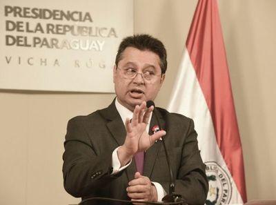 Según Gustavo Leite, este Gobierno entró para llenarse los bolsillos en el proceso