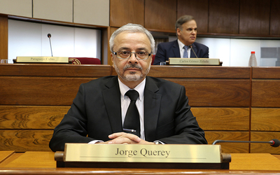 """Fondos de binacionales para medicamentos: """"Es un paso importante"""", dice Jorque Querey tras aprobación en senado"""
