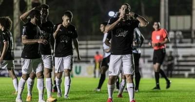 La Nación / Libertad apuesta al torneo local