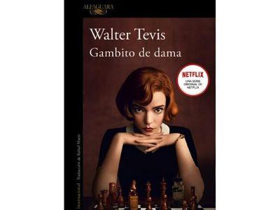 ÚH acerca a lectores la atrapante novela Gambito de dama