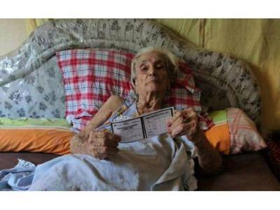 Vacunación benefició a una ex enfermera   de la        Guerra del Chaco