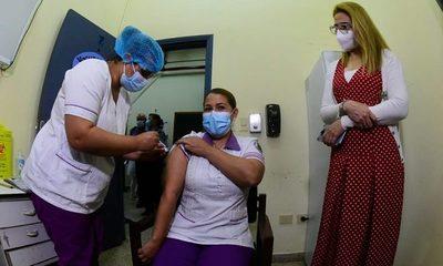 Avalancha de irregularidades por manejo direccionado de las vacunas antiCovid-19