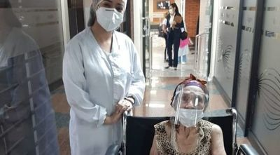 Último día para inmunizar a mayores de 85: mortalidad es del 50 % en esta franja