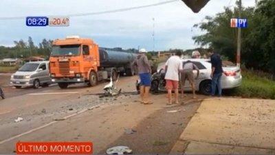 Triple choque deja dos heridos en Guairá