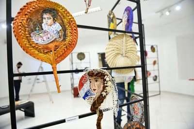 Artes hechas en tradicional pantalla paraguaya se exhibirán hasta junio