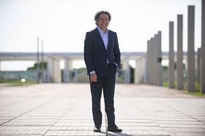 El venezolano Gustavo Dudamel, nuevo director musical de la Ópera de París