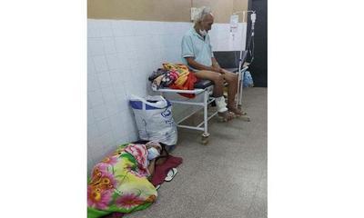Caaguazú; Abuelitos aguardan cama en el piso – Prensa 5