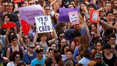 Condenas de 13 a 31 años de prisión para tres hombres que violaron en grupo a una joven de 18 años en España – Prensa 5