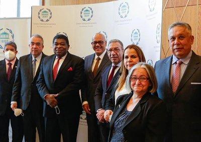 Eurodiputados piden explicación de reunión del SEAE y diputados de Maduro